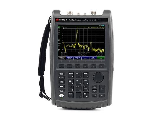 Keysight N9915A Fieldfox Handheld Microwave Analyzer
